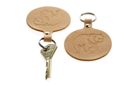 Pyöreä avaimenperä Karhu